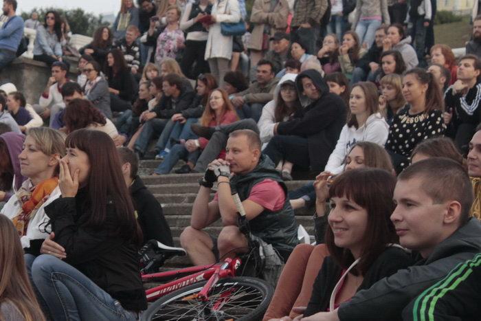 Зрители шоу «Корабли, рыбы и птицы». Фото: Николай Карпов/Великая Эпоха (The Epoch Times)