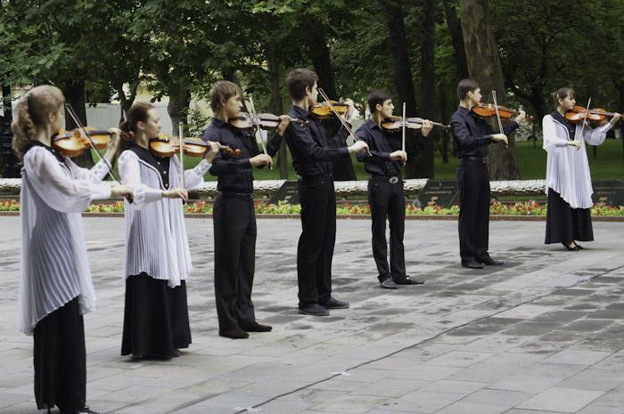 Митинг, посвящённый  Дню памяти и скорби, состоялся в  Новороссийске. Фото: Андрей МИХАЙЛОВСКИЙ /Великая Эпоха (The Epoch Times)