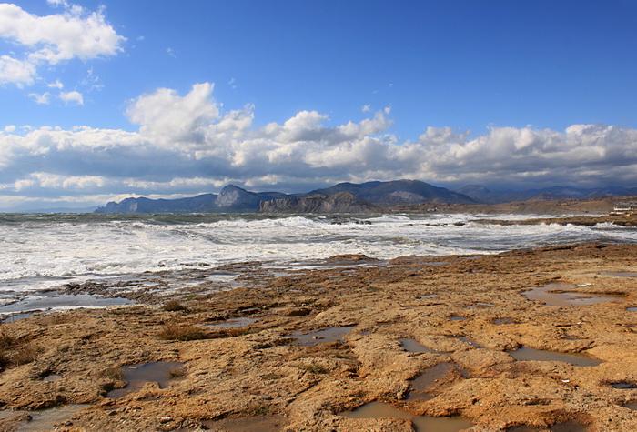 Зимой можно предпринять небольшие путешествия по полуострову. Фото: Ирина Рудская/Великая Эпоха (The Epoch Times)