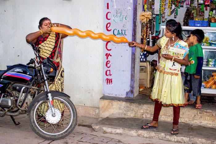 Современный атрибут древнего праздника Понгал. Праздники в Индии. Фото: Татьяна Виноградова/ Великая Эпоха (The Epoch Times)