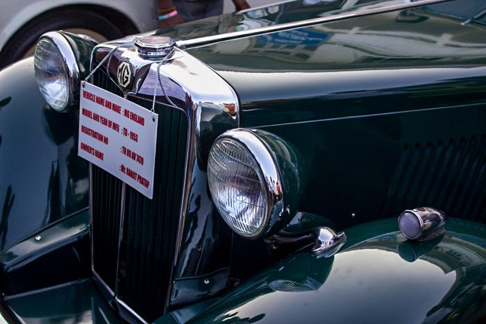 Более 50 раритетных автомобилей участвовало в ежегодном ралли «Ченнай-Пондичери» 2014. Фото: Татьяна Виноградова/Великая Эпоха (The Epoch Times)