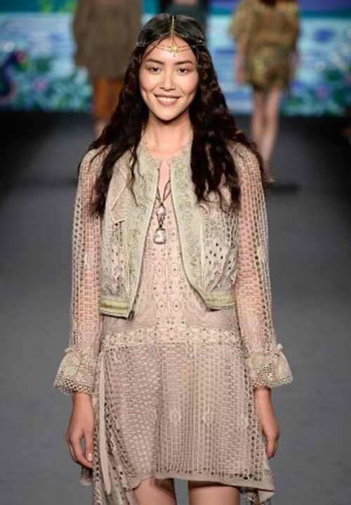 Лю Вэй  участвует в показе весенне-летней коллекции -2014 Anna Sui во время недели моды в Нью-Йорке 11 сентября 2013 г. Фото: Frazer Harrison/Getty Images for Mercedes-Benz Fashion Week Spring 2014