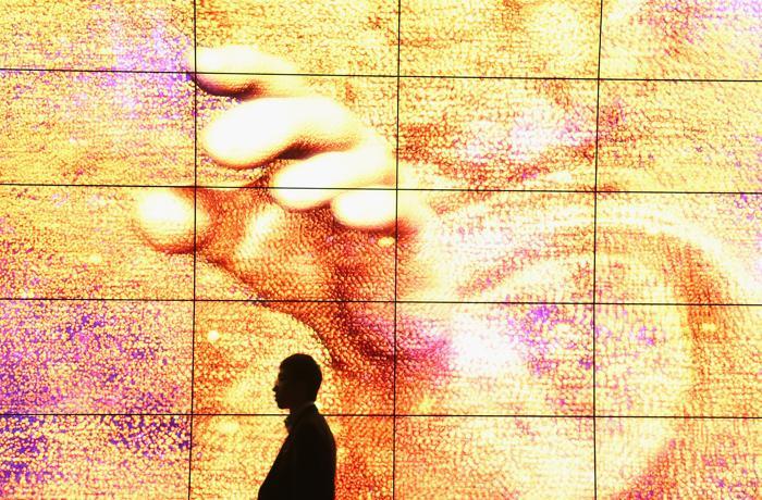 На открывшейся 53-й международной выставке бытовой электроники IFA 2013 в Берлине 5 сентября 2013 года. Фото: Sean Gallup/Getty Images