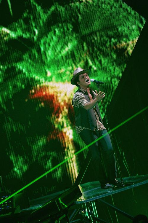 Бруно Марс выступает на церемонии награждения видео-премией MTV в Нью-Йорке (США) 25 августа 2013 года. Фото: Rick Diamond/Getty Images for MTV