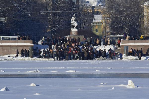 Организованное место для крещенских купаний на Неве. Фото: Лора Ларсиа/Великая Эпоха/The Epoch Times
