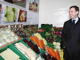 Дмитрий Медведев на аграрном предприятии. Фото пресс-службы президента России