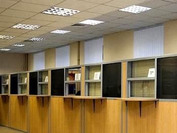 Отделение налоговой инспекции. Фото с citymebel.ru