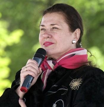 В Москве в возрасте 63 лет в Боткинской больнице после тяжелой болезни скончалась певица Валентина Толкунова. Фото: livestory.com.ua
