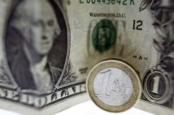 До конца года Евро будет дешеветь. Фото: JOEL SAGET/AFP/Getty Images