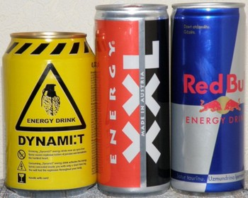 Принимаются новые меры по ограничению распространения энергетических напитков. Фото: mygazeta.com