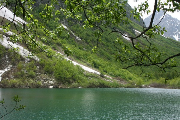 Домбай и Бадуки –  край неповторимой красоты и незабываемых впечатлений. Фото: Зоя Орленко/Великая Эпоха (The Epoch Times)
