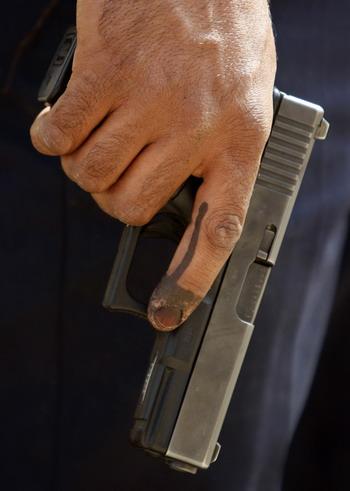 Роберт Маркарян, глава обувной фирмы Аллигаша убит в Москве. Фото:AHMAD AL-RUBAYE/AFP/Getty Images