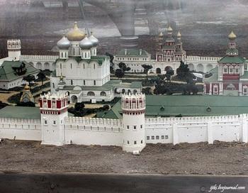 Новодевичий монастырь. Фото с сайта  community.livejournal.com