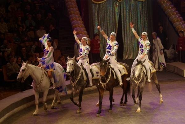 Третий международный цирковой фестиваль, проходивший в Ижевске, завершился. Фоторепортаж. Фото с сайта aifudm.net