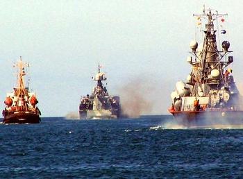 227-летие Черноморского флота отмечают моряки Новороссийска.  Фото с сайта InoNews.ru