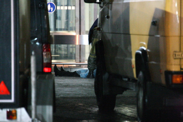 Теракт в Домодедово. Семьям погибших выплатят по 2 миллиона рублей. МЧС опубликовало список. Фото: Epsilon/Getty Images
