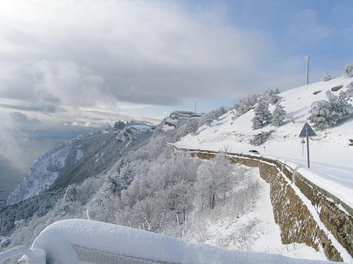 На плато Ай-Петри открыли горнолыжный сезон. Фото: fotki.yandex.ru