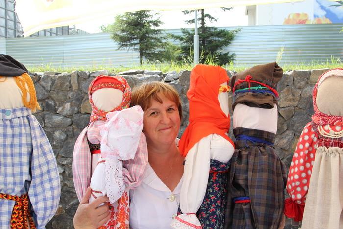 Куклы студии «Параскева» из посёлка Большой Луг. Фото: Николай ОШКАЙ/Великая Эпоха (The Epoch Times)