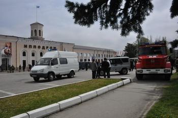 Взрыв на ипподроме в столице  Кабардино-Балкарии – Нальчике: один из 15-ти раненых скончался в больнице. Фото с сайта 07.mchs.gov.ru