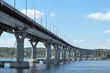 В Волгограде опасаются обрушения моста. Фото с сайта ljplus.ru