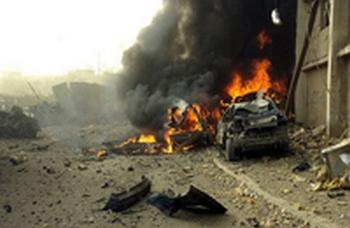 Взрыв в Каспийске сегодня ночью унес жизнь одного пожарника,пять человек получили ранения. Фото с сайта: uznayvse.ru