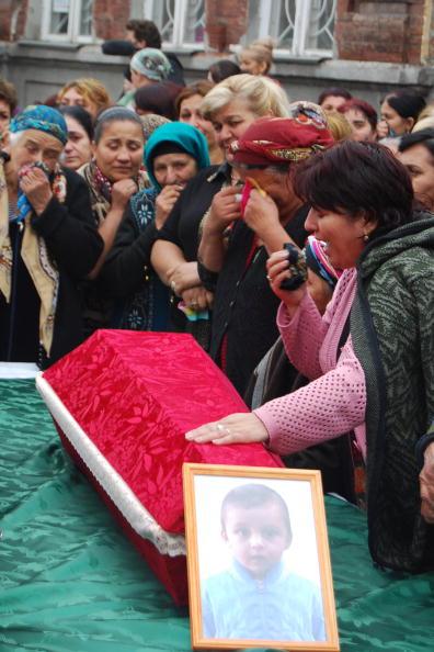 В Северной  Осетии  объявлен траур 10 сентября по жертвам  смертника, взорвавшего себя на центральном рынке Владикавказа. Фото: STR/AFP/Getty Images