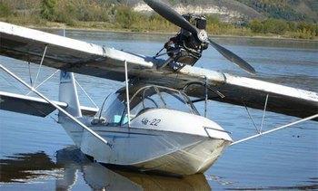 Гидросамолет че-22 упал в реку в Тверской области, погиб пилот. Фото с сайта airwar.ru