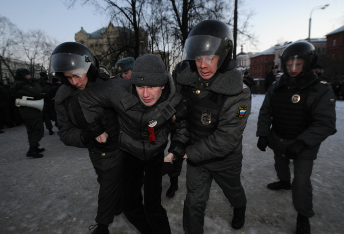 Фоторепортаж о несанкционированном митинге в Москве. Фото: ANDREY SMIRNOV/AFP/Getty Images