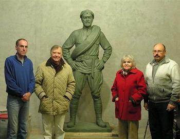 Памятник товарищу Сухову открыт в Самаре. Фото:  tvsamara.ru