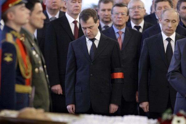 Прощание с Виктором Черномырдиным, и похороны «народного премьера». Фото: MIKHAIL KLIMENTYEV/AFP/Getty Images