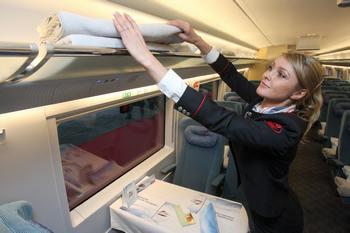 Скоростной поезд «Сапсан» будет курсировать между Россией и Украиной Фото: KIRILL KUDRYAVTSEV/AFP/Getty Images
