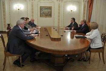 .Президентский Совет по правам человека на встрече с партией ЕР. Фото с сайта president-sovet.ru