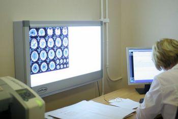 Медведев  заинтересовался ситуацией с томографами. Фото с сайта asklepiy-dv.ru
