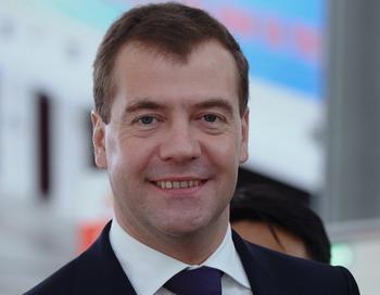 Дмитрий Медведев своим приездом на Курильские острова нарушил японский покой. Фото: HOANG DINH NAM/AFP/Getty Images