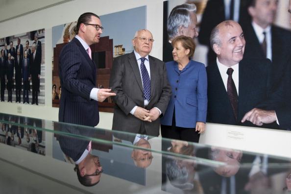 Фотовыставка «Из семейного альбома» экс-президента СССР Михаила Горбачева. Фото: Andrey Smirnov, Henning Schacht-Pool, /Getty Images