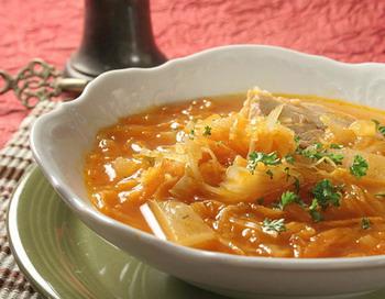 Нитрит натрия обнаружен в пробах соли и в пробах готовых блюд. Фото с сайта shate.gorod.tomsk.ru