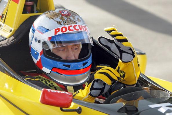 Путин опробовал болид формулы-1. Фото: ALEXEY DRUZHININ/AFP/Getty Images