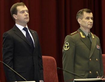 Рашид  Нургалиев поздравил сотрудников МВД  с Днем милиции. Фото: VLADIMIR RODIONOV/AFP/Getty Images