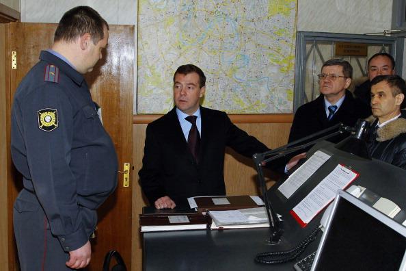 Медведев посетил Киевский вокзал в Москве . Фото: VLADIMIR RODIONOV/AFP/Getty Images