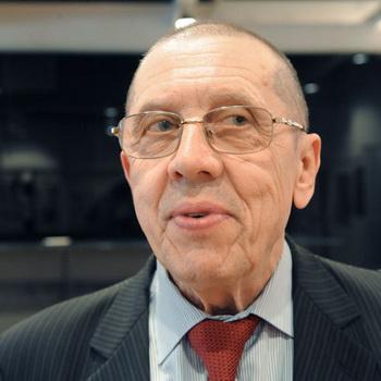 Художественный руководитель театра на Таганке Валерий Золотухин. Фото РИА Новости