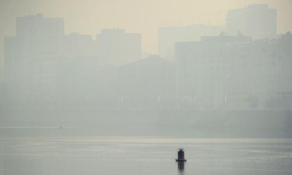 Москва в дыму. Фотообзор. Фото: Alexander NEMENOV/AFP/Getty Images
