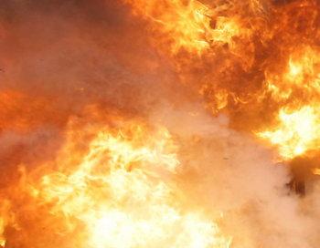 Крупный пожар произошёл в Санкт-Петербурге . Фото: Chung Sung-Jun/GettyImages