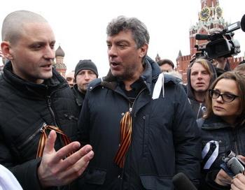 Сергей Удальцов.Борис Немцов. Фото: Alexey Sazonov/AFP/Getty Images