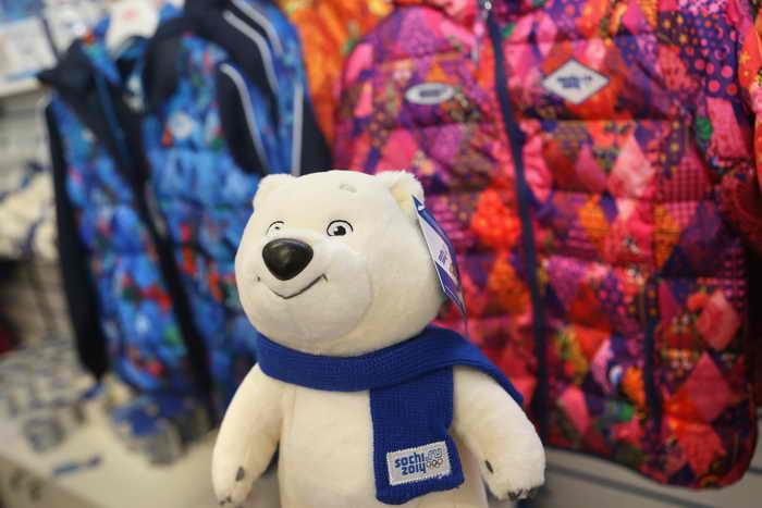 С начала 2013 года инспекторами Новосибирской таможни было выявлено более 60 тысяч единиц контрафактной продукции. Подавляющее большинство подделок – детские игрушки. Фото: Julian Finney/Getty Images