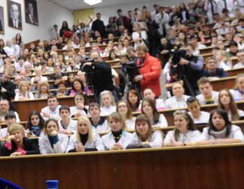 Студентам медвузов в 2016 году предстоит аккредитация. Фото: KIRILL KUDRYAVTSEV/AFP/Getty Images