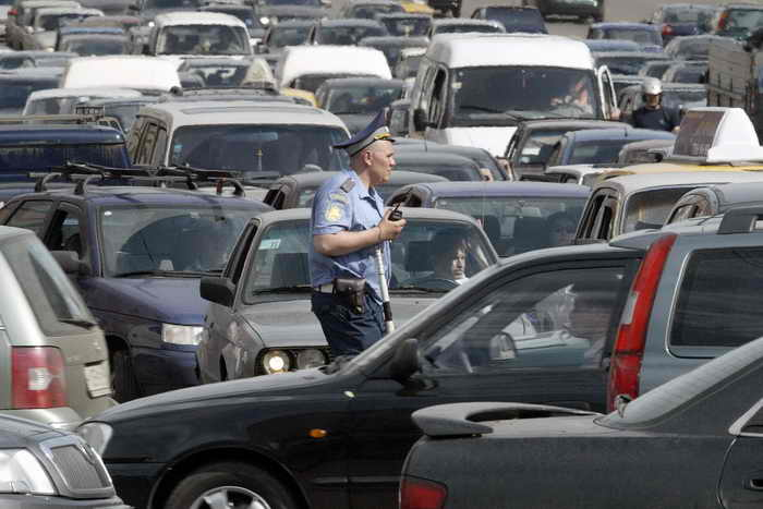 Москва заняла первое место по дорожным пробкам. Фото: VIKTOR DRACHEV/AFP/Getty Images