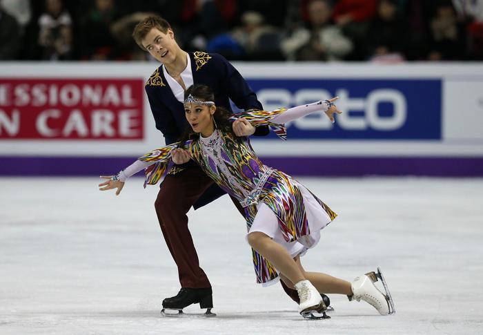 Елена Ильиных и Никита Кацалапов в короткой программе на ЧМ по фигурному в канадском Лондоне, 14 марта 2013 года. Фото: Dave Sandford/Getty Images
