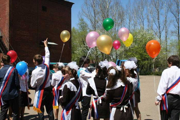 Когда уйдём со школьного двора... Фото: Оксана Торбеева/Великая Эпоха (The Epoch Times)