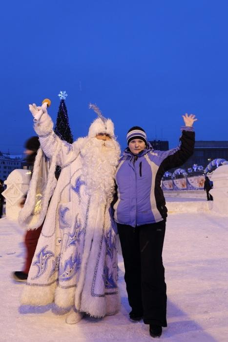 Открытие главной ёлки в Новосибирске. Привет от Деда Мороза. Фото: Сергей Кузьмин/Великая Эпоха (The Epoch Times)