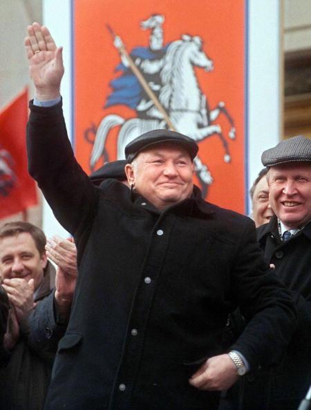 1 мая 2000 год. Юрий Лужков: биография в фотографиях. Фото: AFP/Getty Images